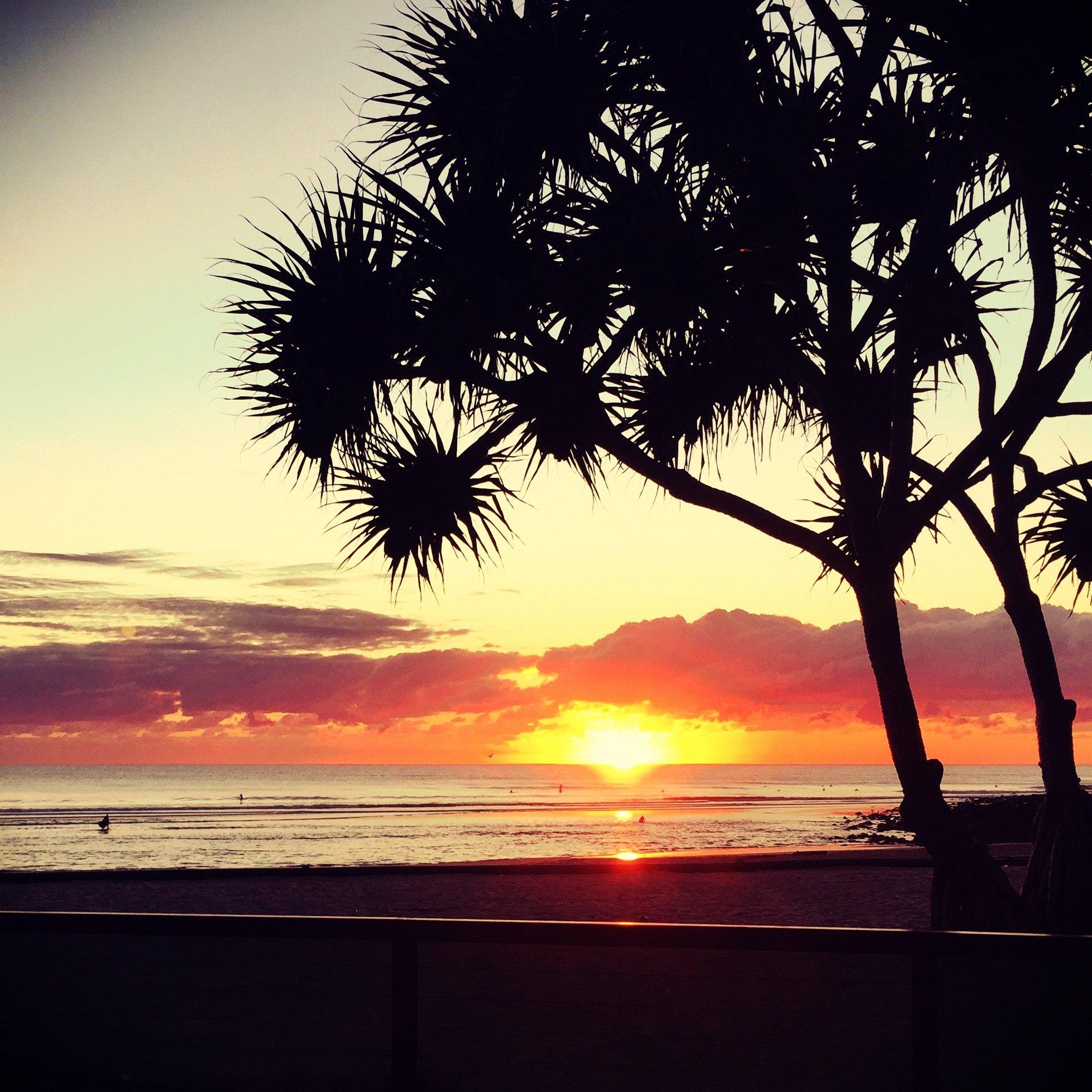 Sunrise_Burleigh..jpg