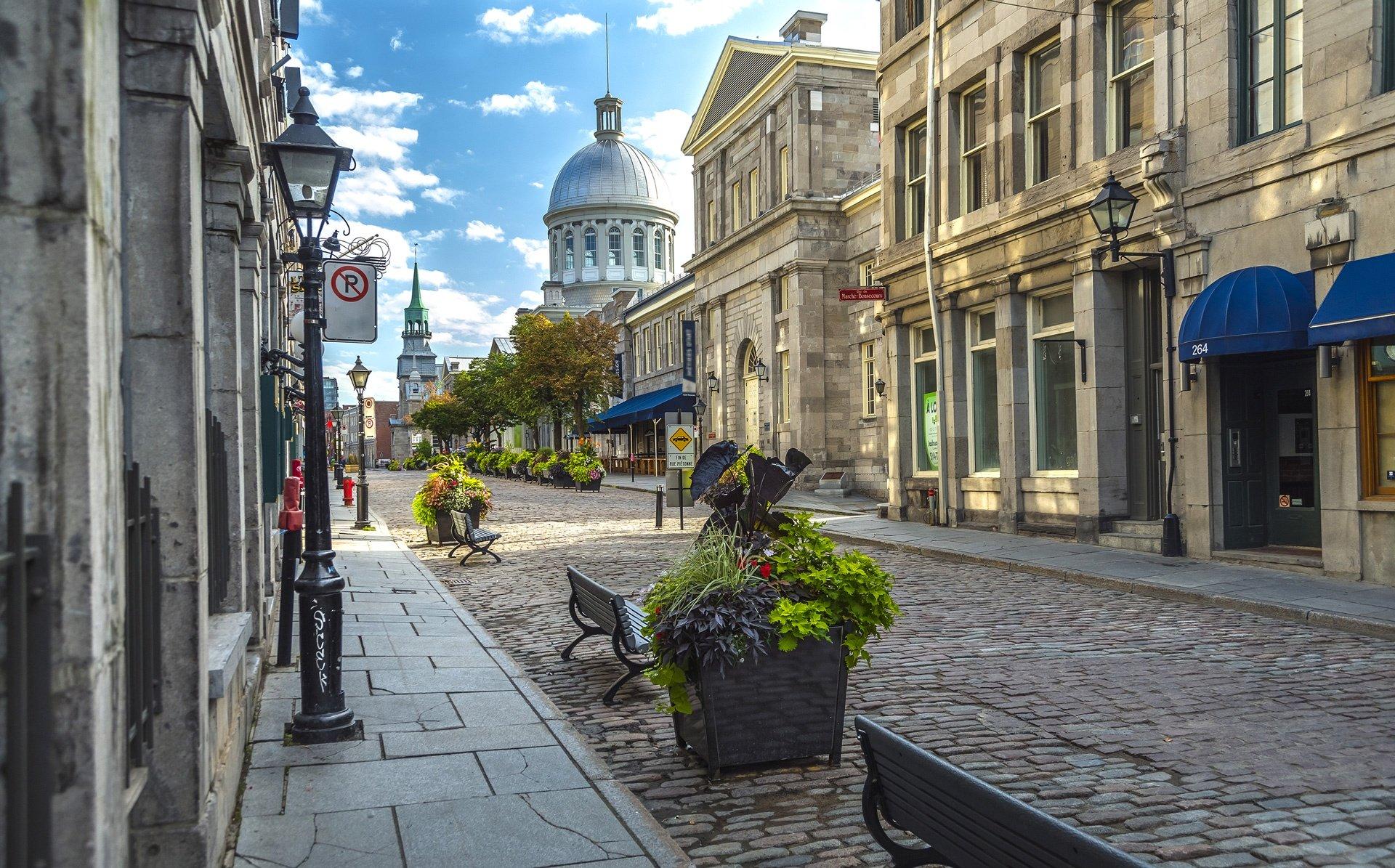 canada-road-trip-montreal