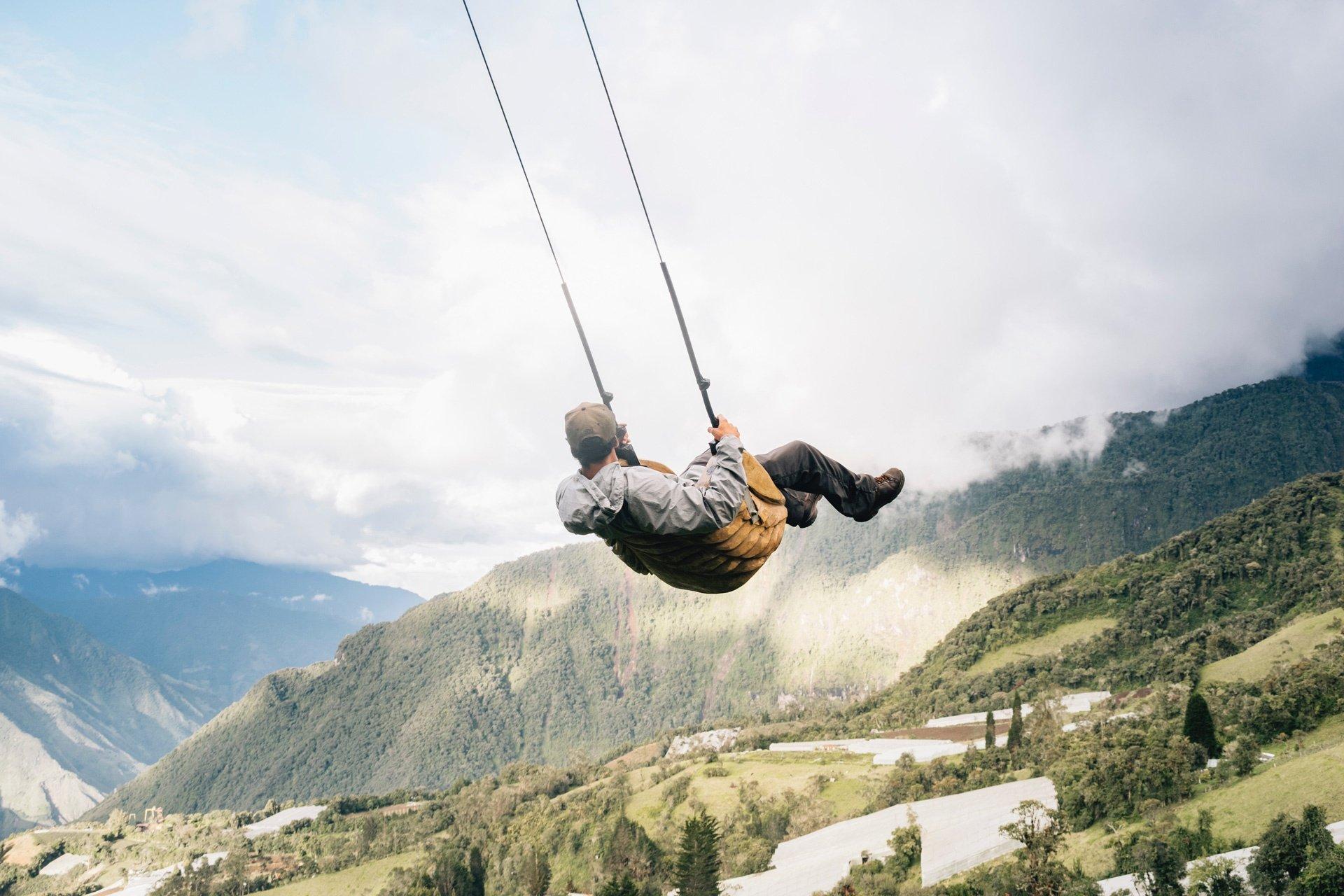 destination-reviews-ecuador-banos-swing