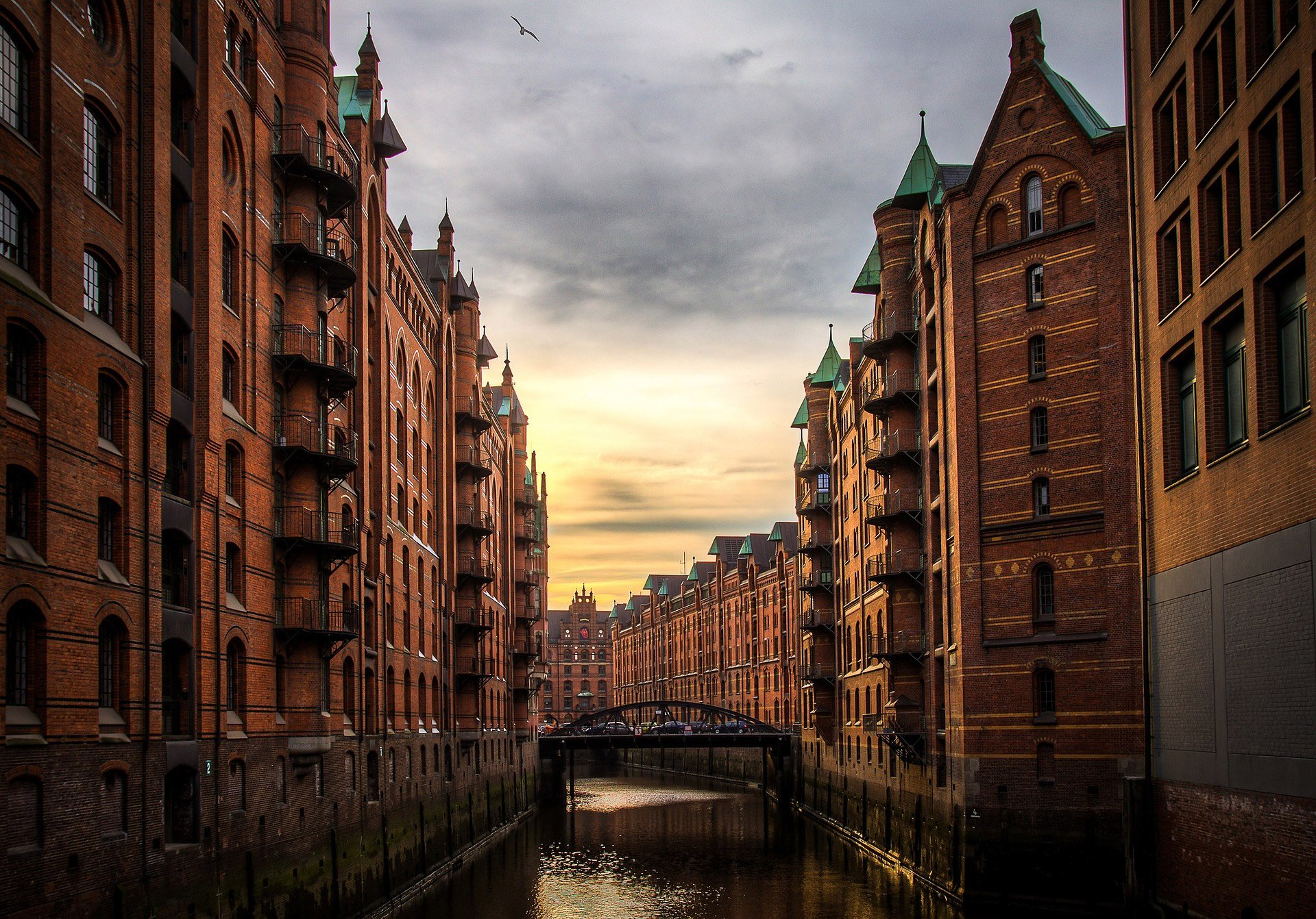 destination-reviews-germany-hamburg