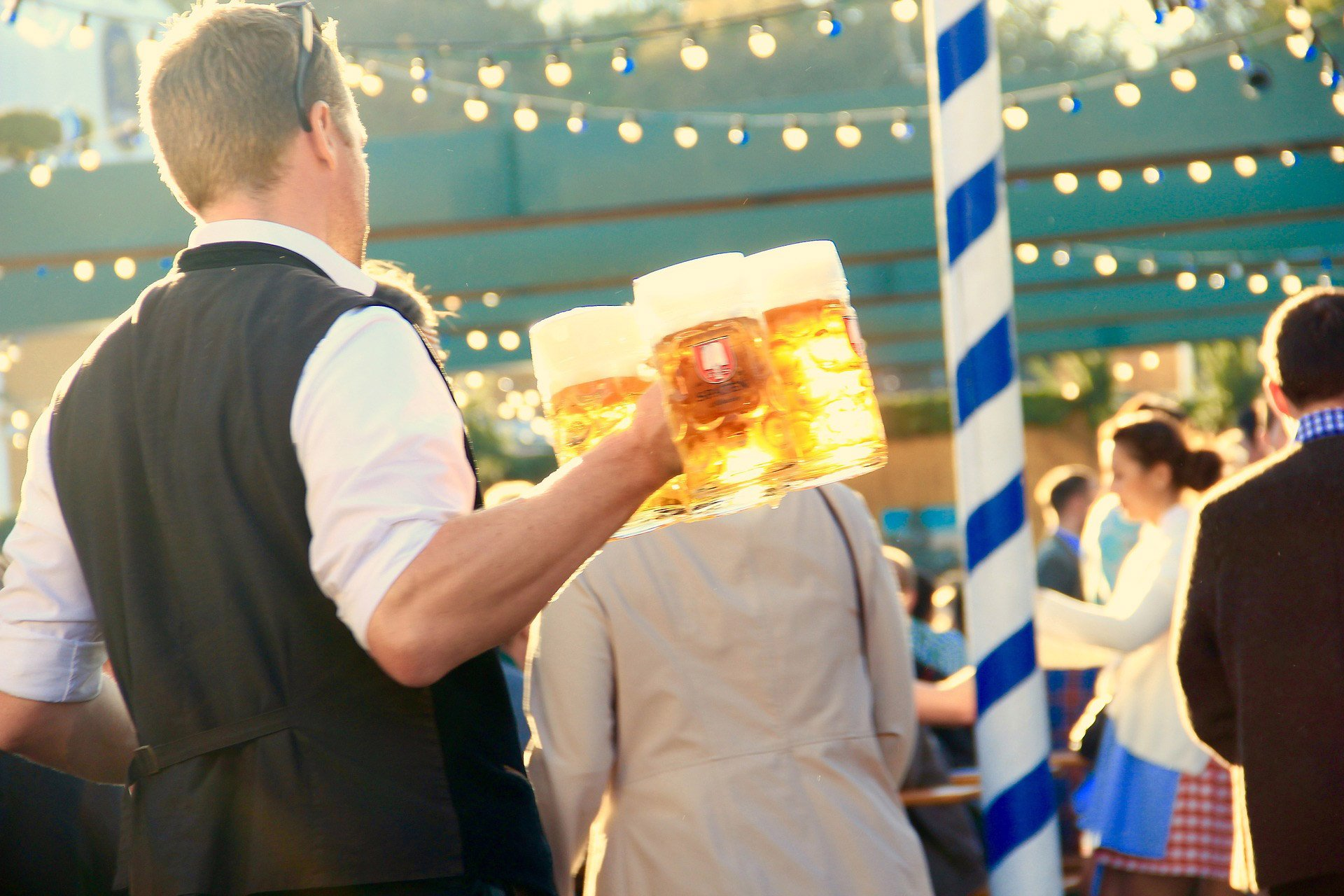 destination-reviews-germany-munich-oktoberfest-1
