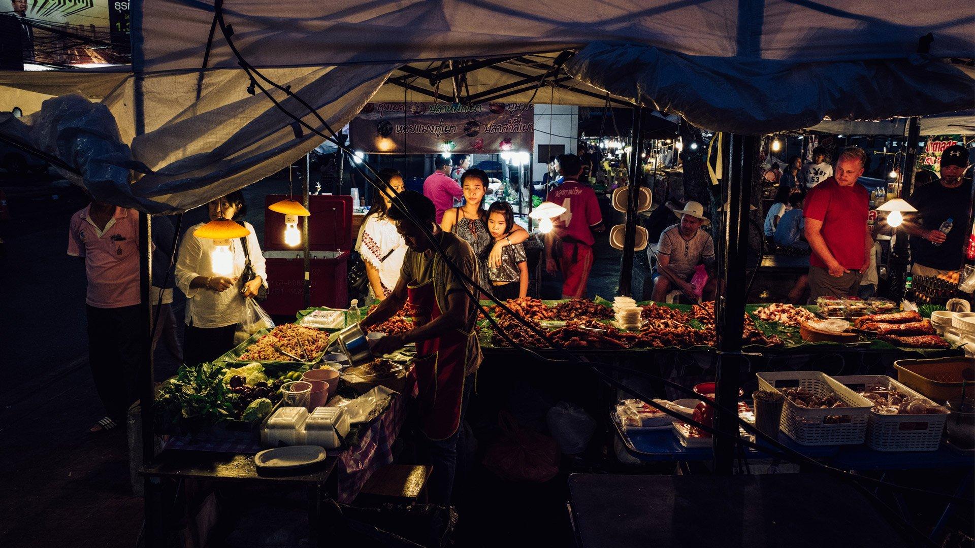 gap-year-travels-street-food